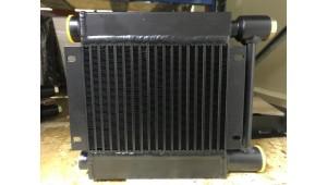 Радиатор МО1К до 150 л/мин с предохранительным клапаном на сброс давления свыше 6 бар